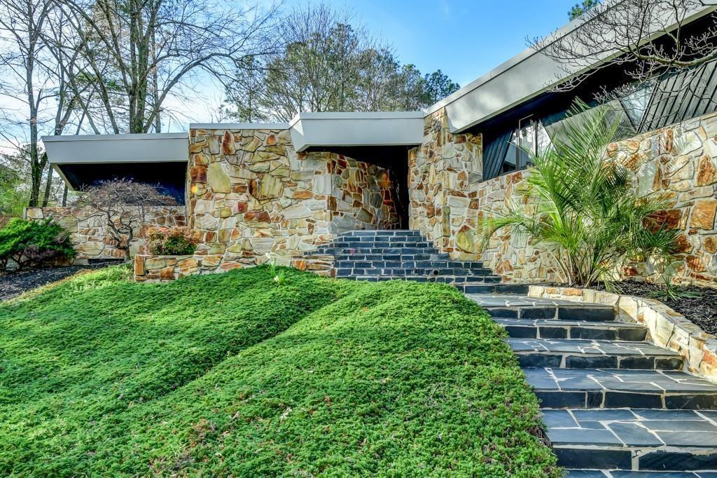 3905 Parian Ridge Rd NW, Atlanta, GA 30327 - Zillow | Modern ...