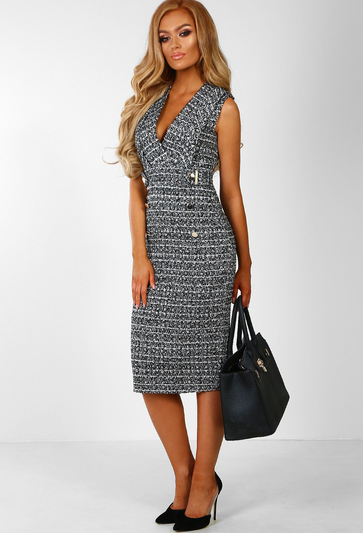 3406468edf105 Shop women's dresses at Pink Boutique - From bodycon dresses to skater  dresses, Pink Boutique