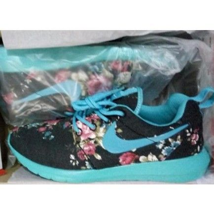 268a513ba565 Nike Roshe Run Floral Fabric Flash Blue Black Pink - Roshe Run ...