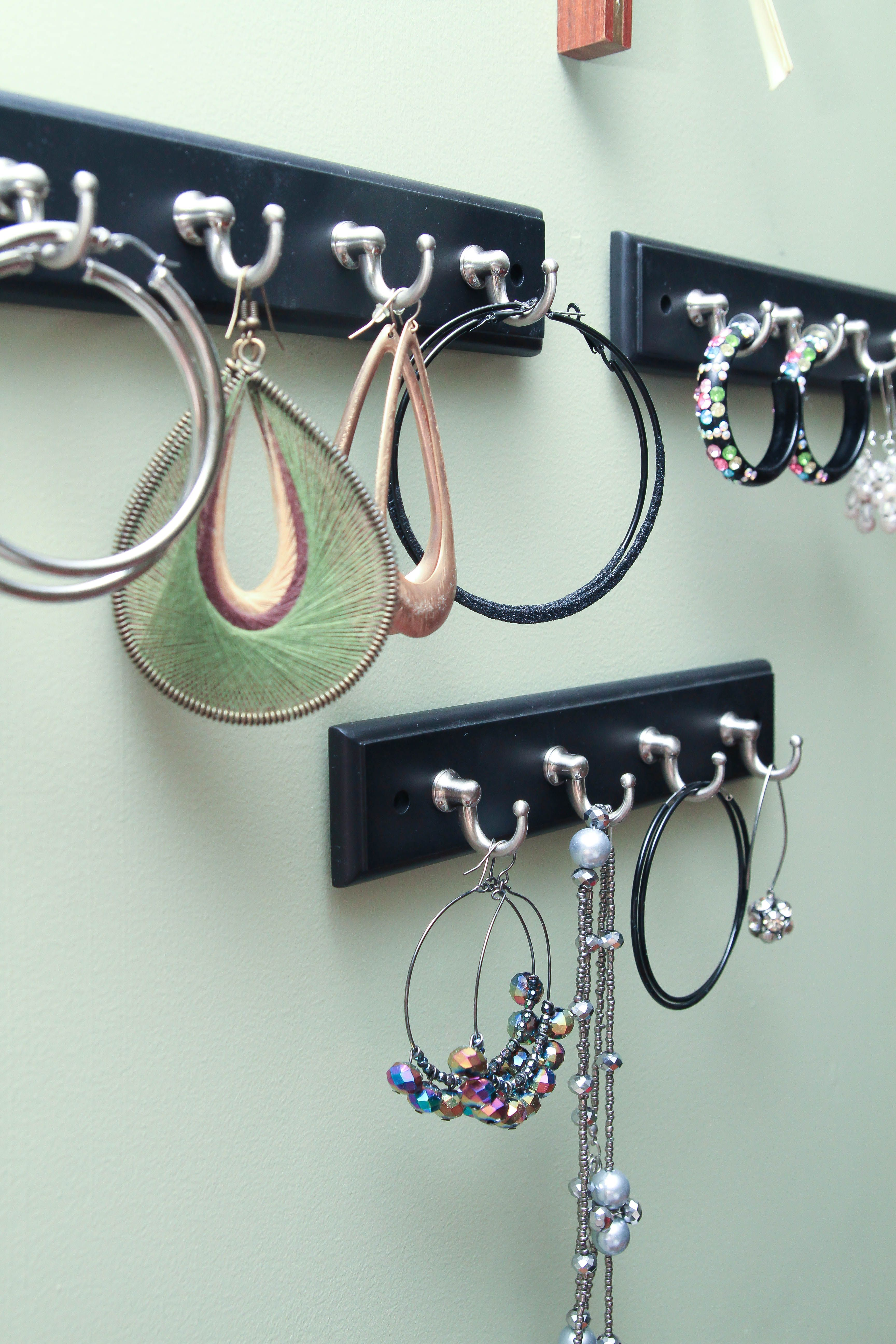 New Place To Hang All My Giant Ear Rings 3 M Command Strips