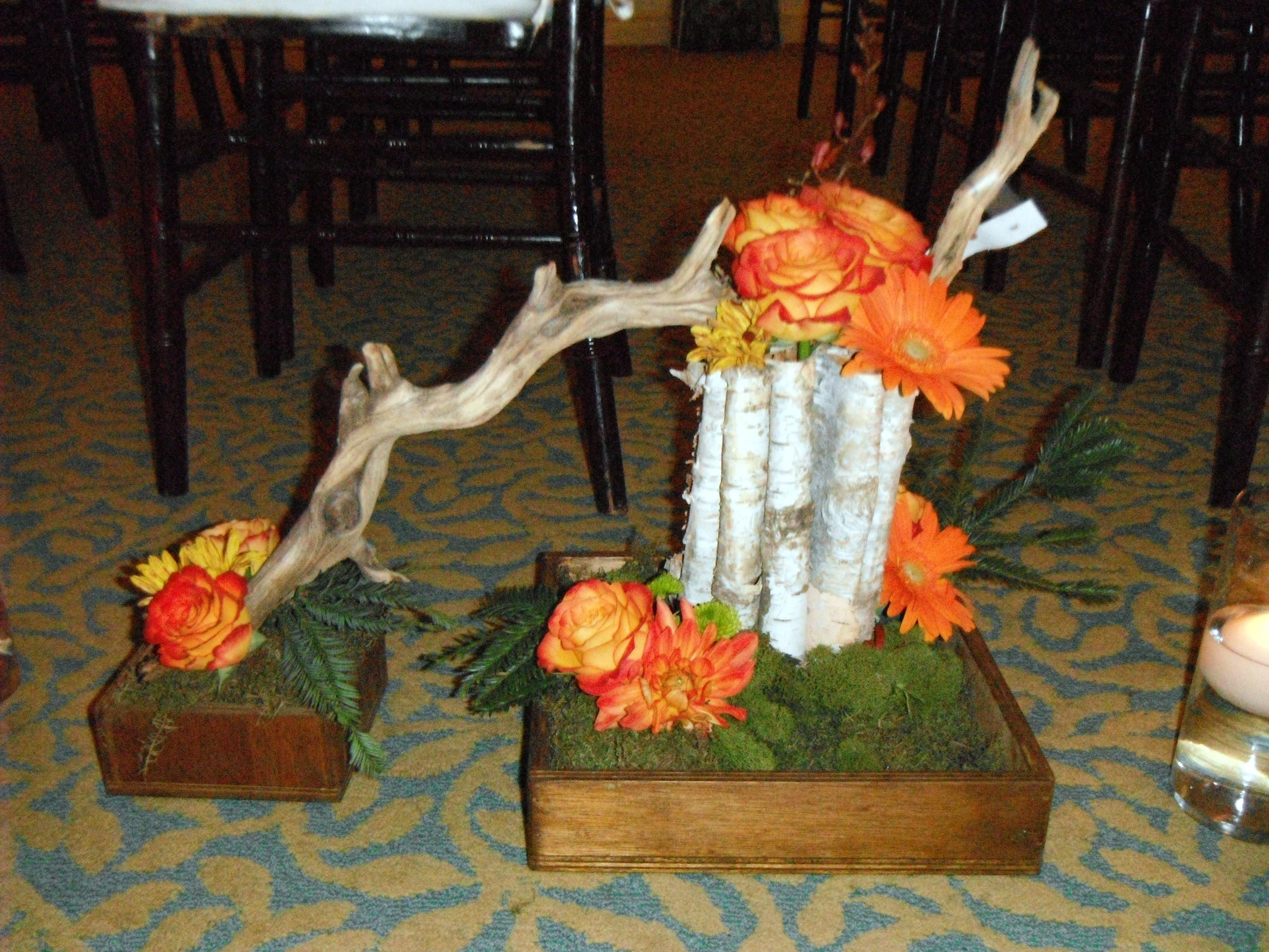 Centerpiece woodsy style flowers u celebrations pinterest