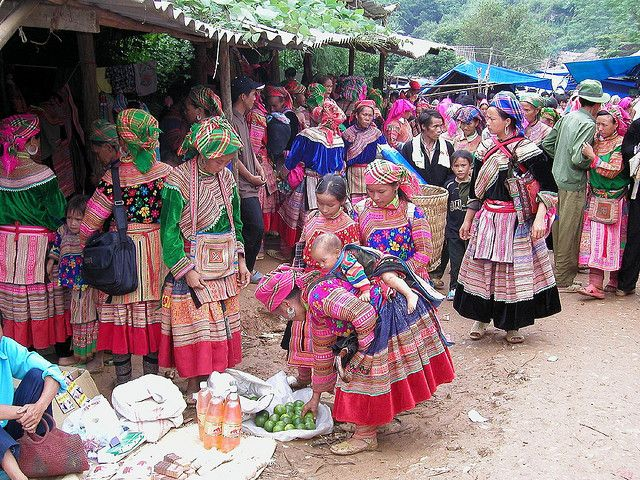 Flower Hmong Women, Vietnam