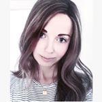 """Alexandra on Instagram: """"Nighty night ♥ Med dette fantastiske soveværelse hos @hvitelinjer 😍✨ SÅ meget lækker inspiration hos denne dygtige dame😘👌🏼✨ #gofollow ❤️️ I må sove dejligt! Sweet dreams💫💫💫"""""""