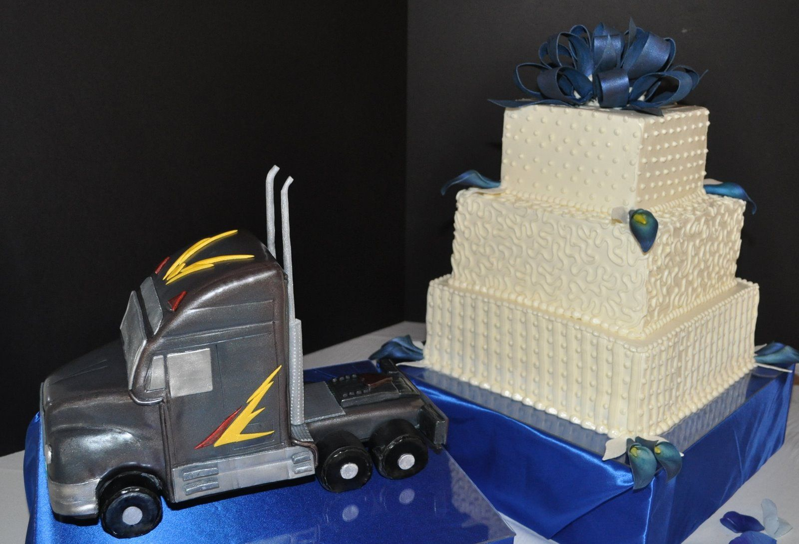 Semi truck pull wedding cake. This is cute for a trucker