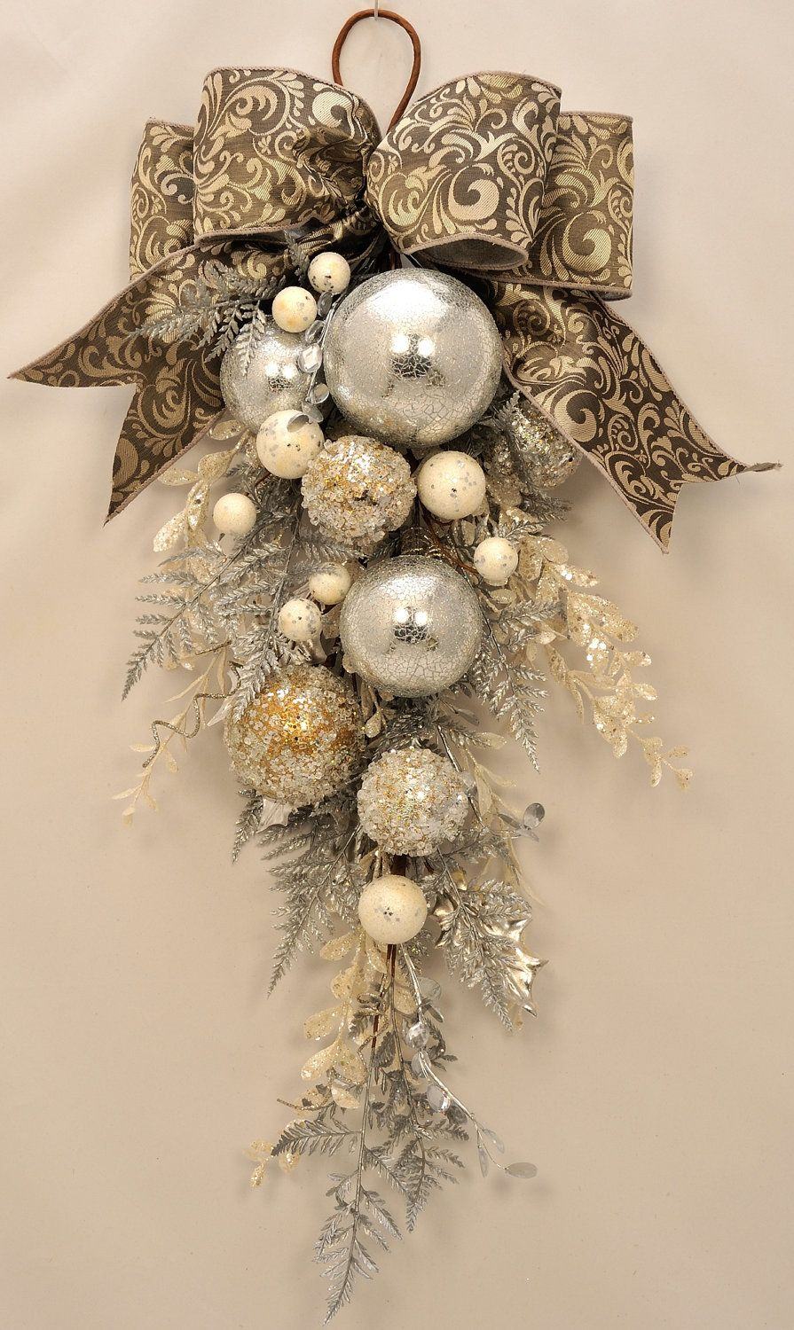 Elegant Christmas Stunning Ornament And Crystal Christmas Swag Holiday Swag Winter Swag Winter Wreath Christmas Wreath Silver Wreath Christmas Swags Christmas Wreaths Christmas Diy