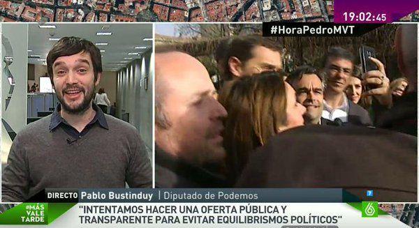 """PODEMOS (@ahorapodemos) twitteó a las 7:05 p. m. on mié, feb 03, 2016: """"Es urgente un gobierno progresista que dé respuesta a las urgencias de nuestro país"""" @pbustinduy #HoraPedroMVT"""