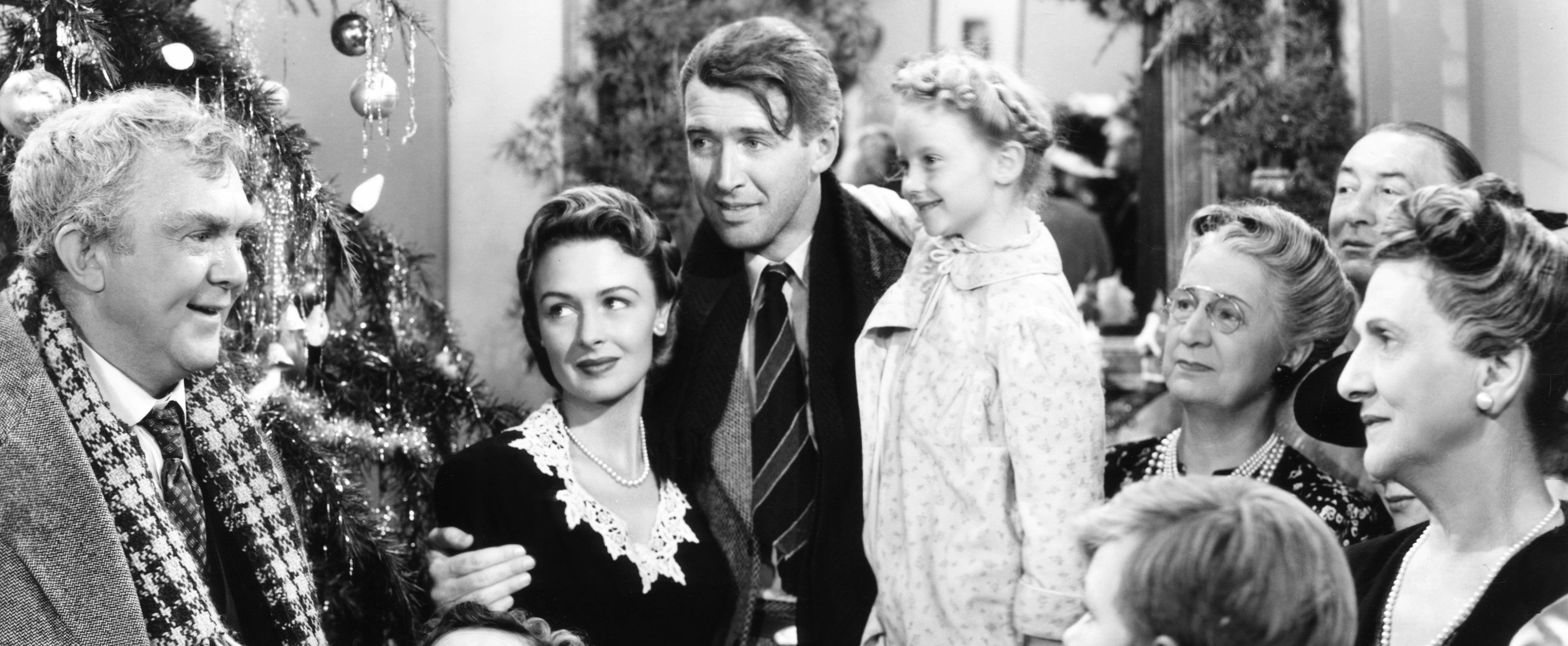 27 Christmas Movies On Amazon Prime That Will Make Your Holidays Merry And Bright Wonderful Life Movie Classic Christmas Movies It S A Wonderful Life