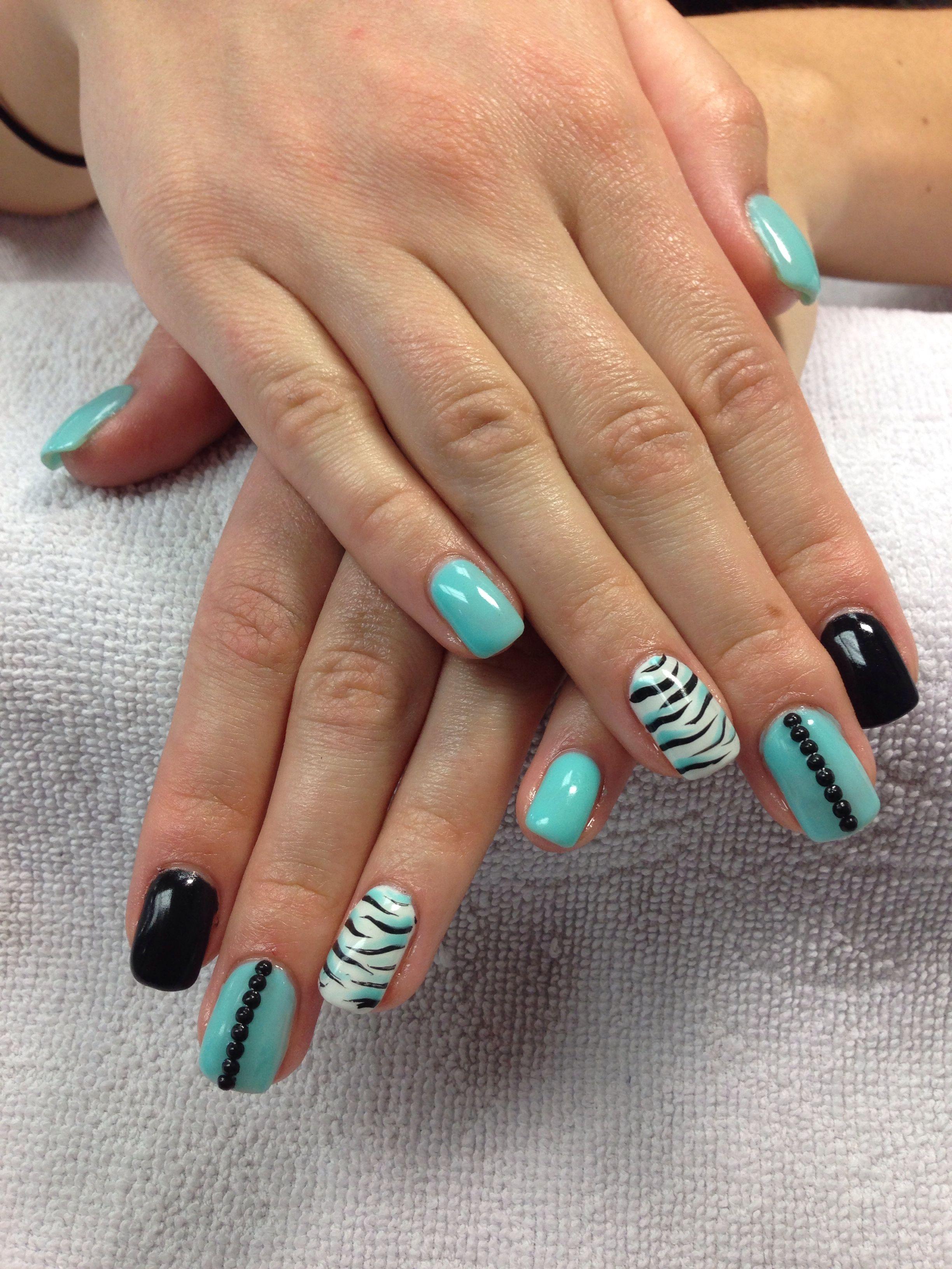 uñas verde menta negro animal print | Diseño de uñas | Pinterest ...