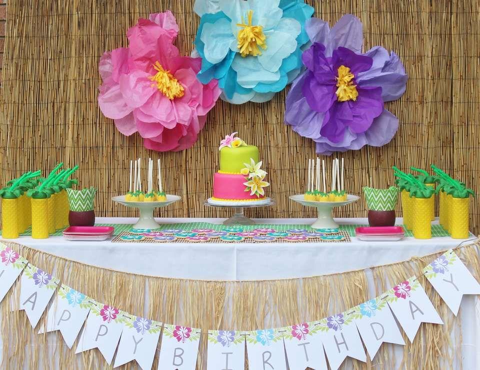 Hawaii birthday julieta 39 s hawaiian 2nd birthday party for Diy decoracion cumpleanos