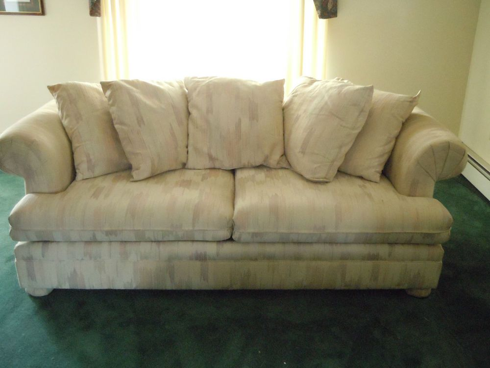 Fab Find Schnadig Sofa Couch Loose Pillows Bun Feet 2