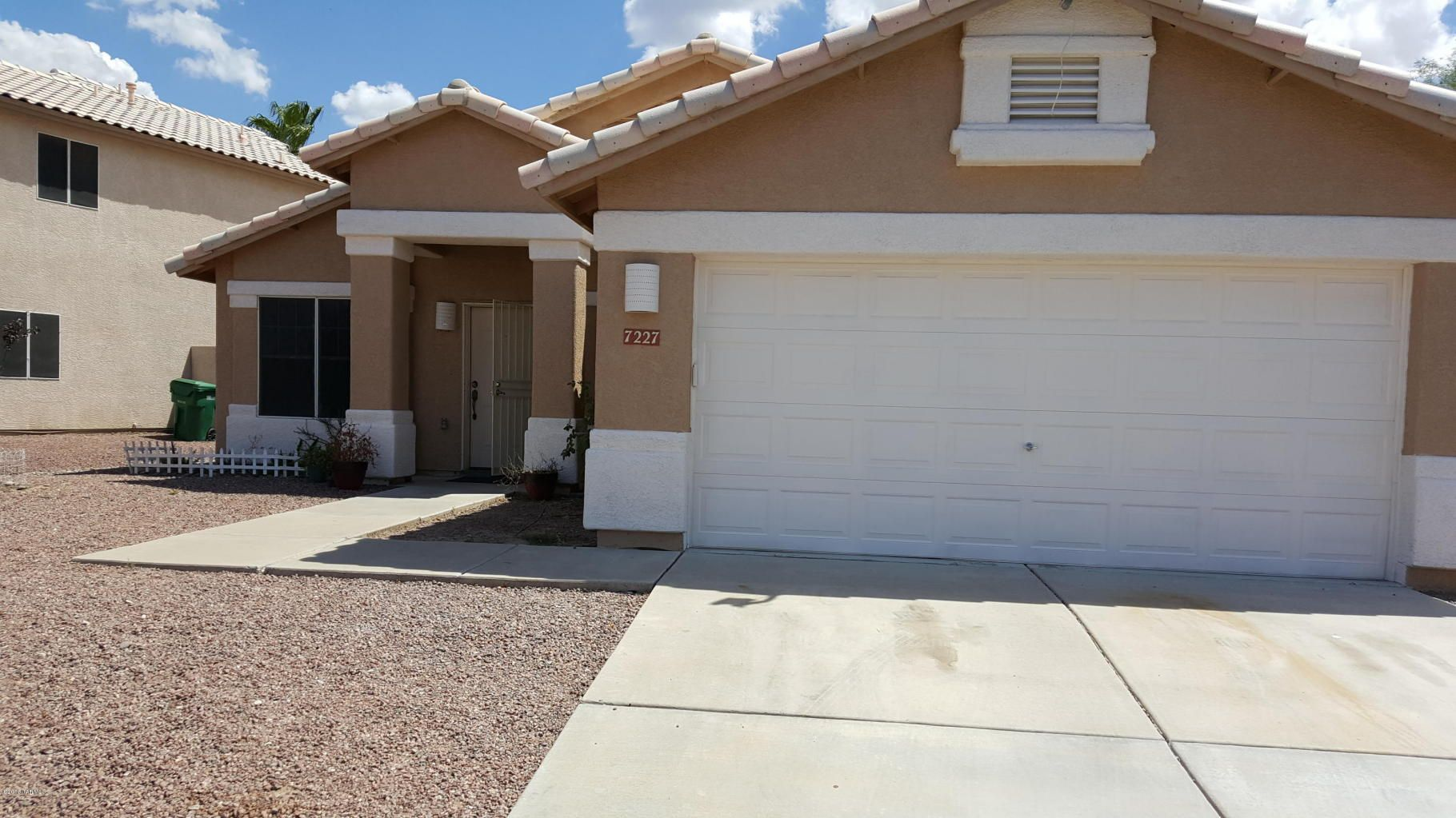 BACK ON THE MARKET! Awesome 5 Eedroom Home in Continental Ranch! Offered at $210,000! http://www.flexmls.com/share/YvVu/7227WKiwiLaneTucsonAZ85743