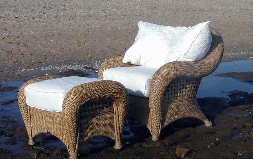 Love this chair and ottoman lounge suites chair and