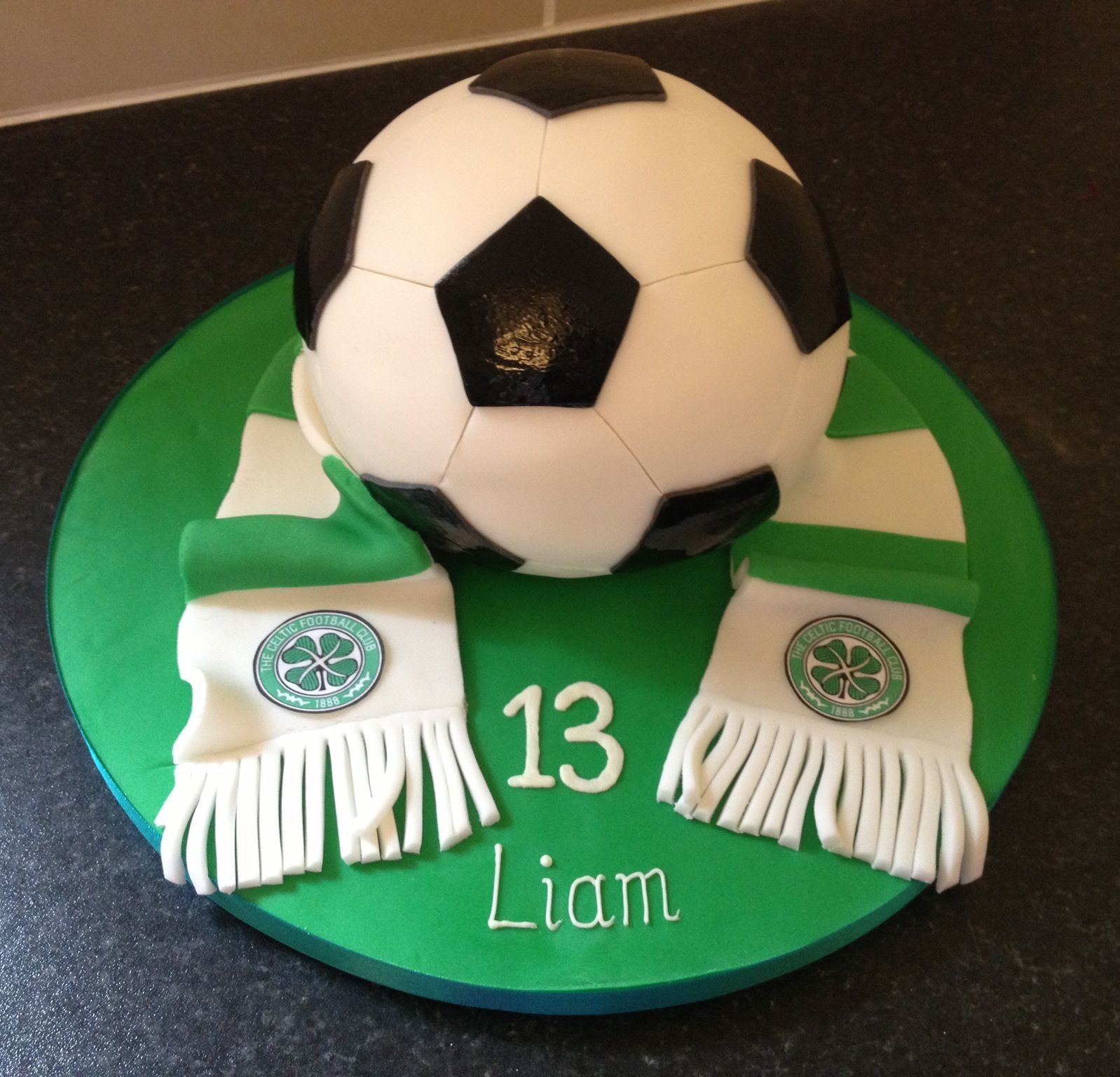 Celtic football club cake Celtic football Pinterest Cake
