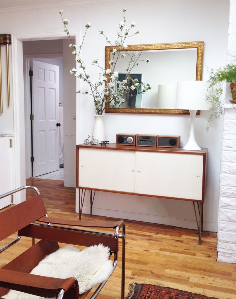 How To Lay out A Narrow Living Room | Narrow living room