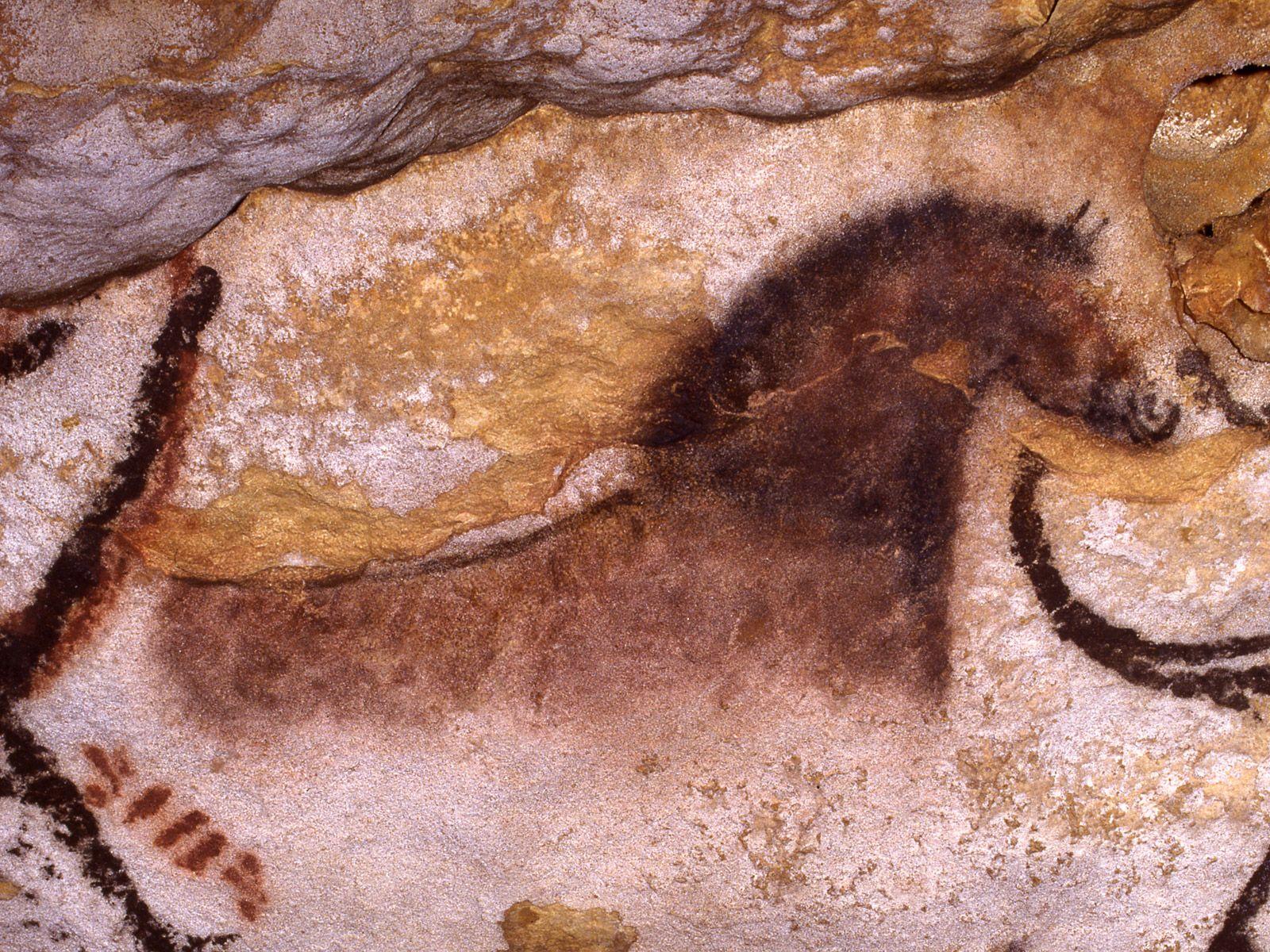 Peintures pariétales de Lascaux - Lascaux cave paintings   Lascaux, Grotte de lascaux, Peinture ...