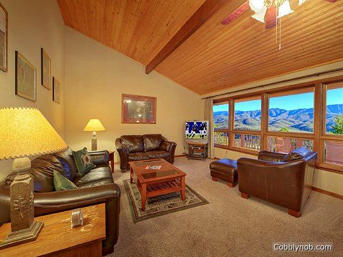 Sunsational Cabin Rental near Pigeon Forge | #4 Bedroom Cabin for Rent