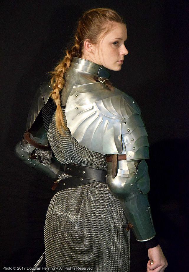 подрастающее поколение фотосессия в рыцарских доспехах москва помню первую встречу