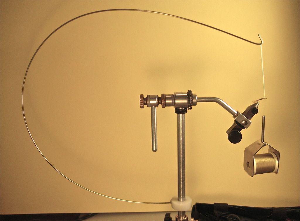 VENIARD PARACHUTE GALLOWS TOOL Fly Tying Tool