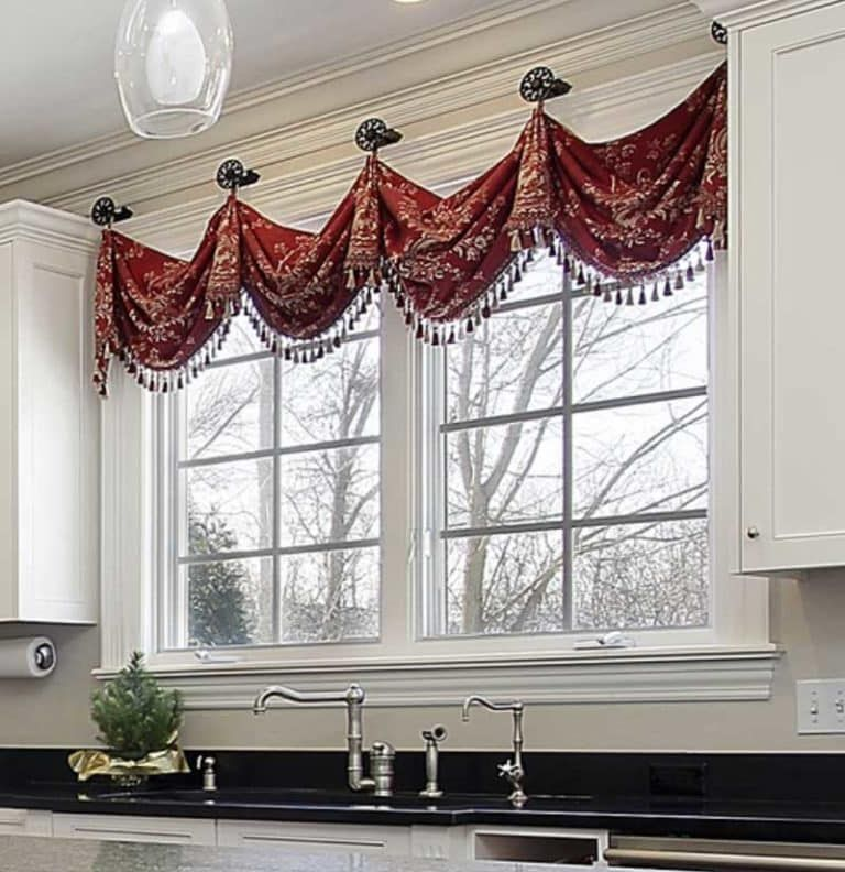 What Is The Difference Between A Valance And Swag Kitchen