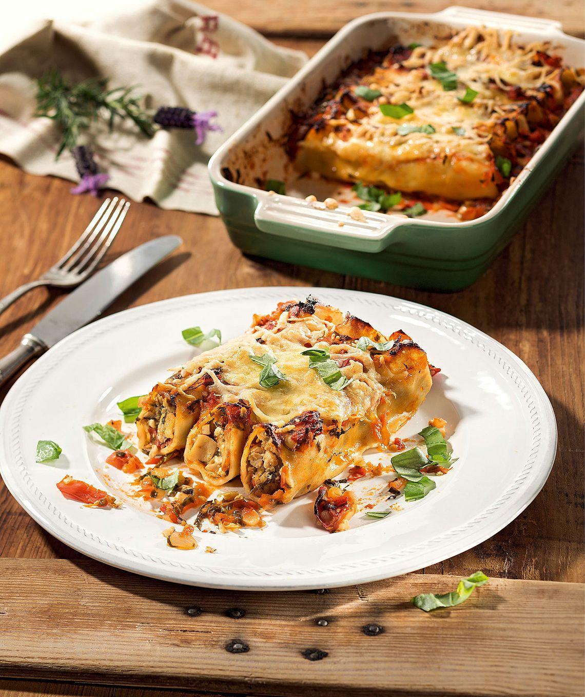 Vegane Cannelloni mit Pilzfüllung und Mandelcreme