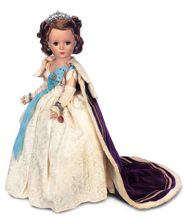 Past Perfect: 28 Queen Elizabeth from Beaux Arts Creations Model 2025 with Purple Robe,1953 ...