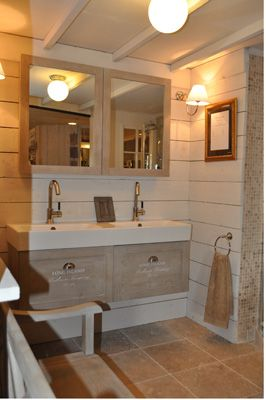 Badkamer landelijk google zoeken bathroom koupelna for Houweling interieur outlet
