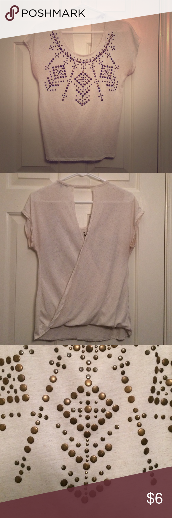 Charlotte Russe top Adorable opened back top with grey and gold details on front. Charlotte Russe Tops Tees - Short Sleeve
