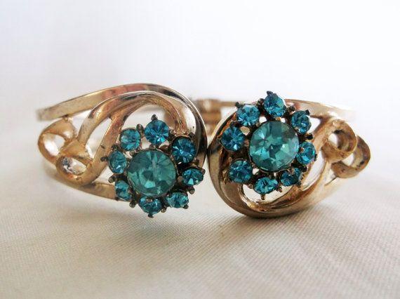 Vintage Blue Rhinestone Cluster Flower Gold by MemawsTopDrawer