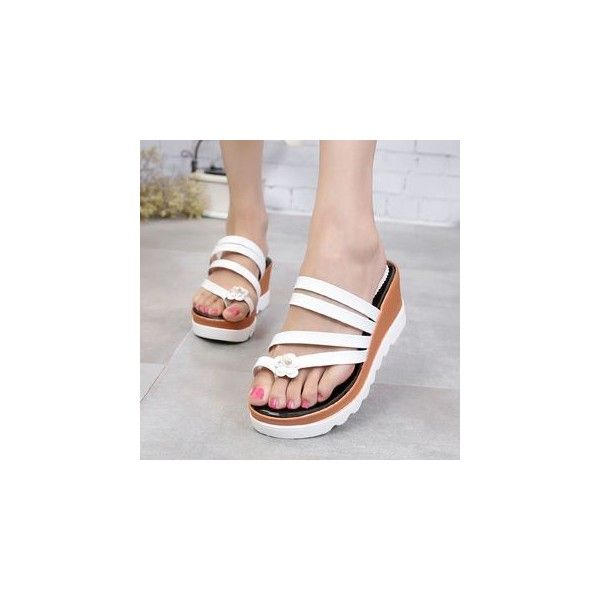 Platform Slide Sandals (280 MAD) ❤ liked on Polyvore featuring shoes, sandals, footware, platform sandals, black platform shoes, black shoes, black sandals and slide sandals