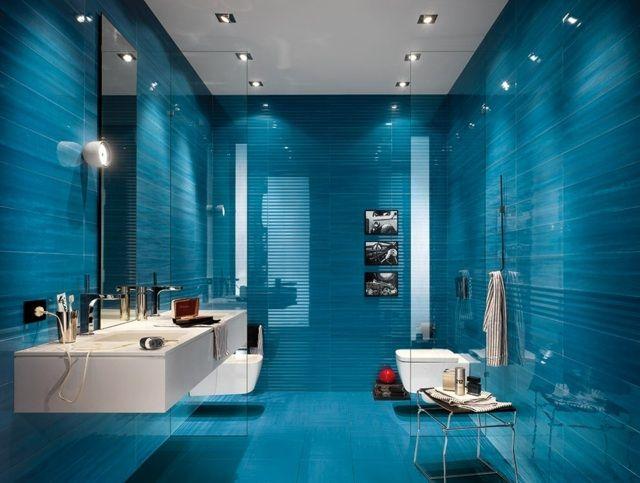 integrierte Beleuchtung moderne Indigo Fliesen im Bad Badezimmer