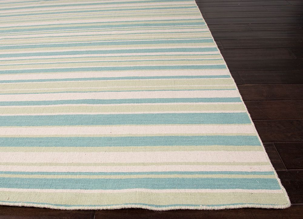 Enjoy Elegant Beach House Style With This Gorgeous Lagoon Blue Pale Lime And Off