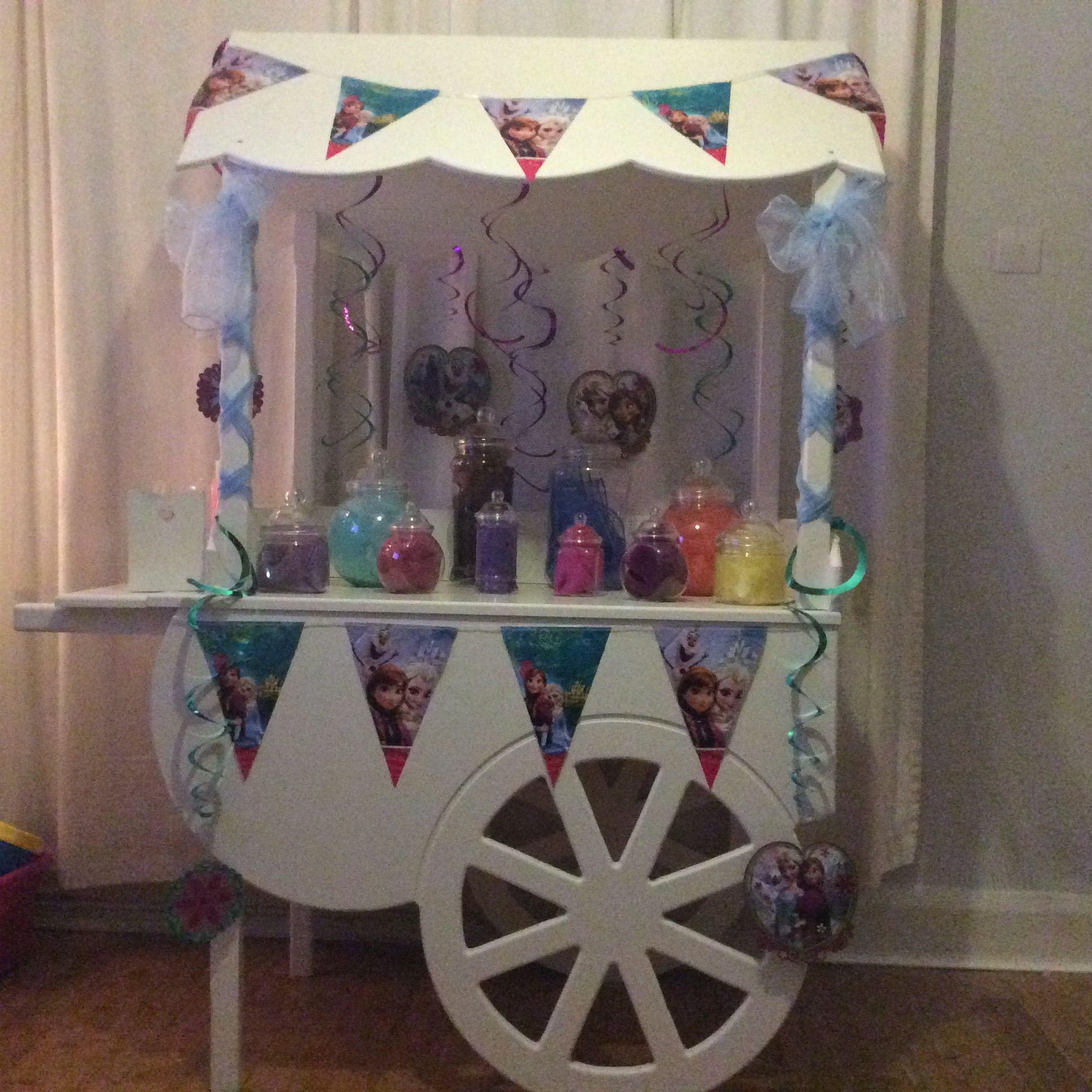 Disney frozen themed candy cart for childrenus birthday parties