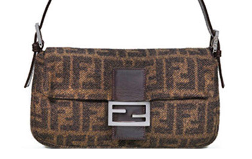 d8b6d59f8c Baguette di Fendi: quando una borsa diventa icona | 1 | Fendi, Bags ...