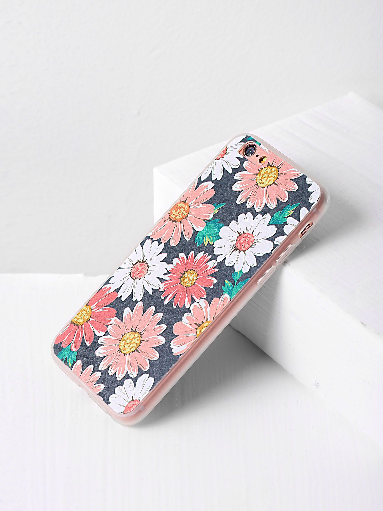 fac0b58024 Shop Daisy Print iPhone 6/6s Case online. SheIn offers Daisy Print iPhone 6/6s  Case & more to fit your fashionable needs.