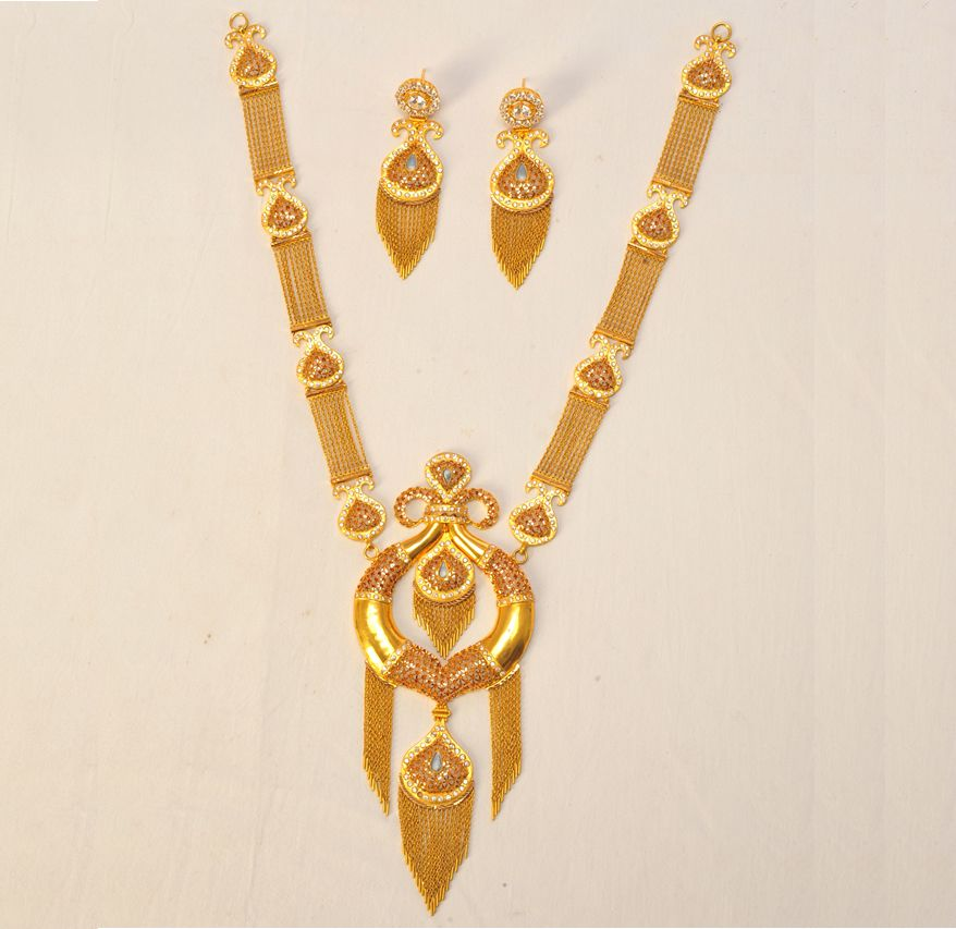 Product Name : TRADITIONAL WEDDING NECKLACES Category Name ...