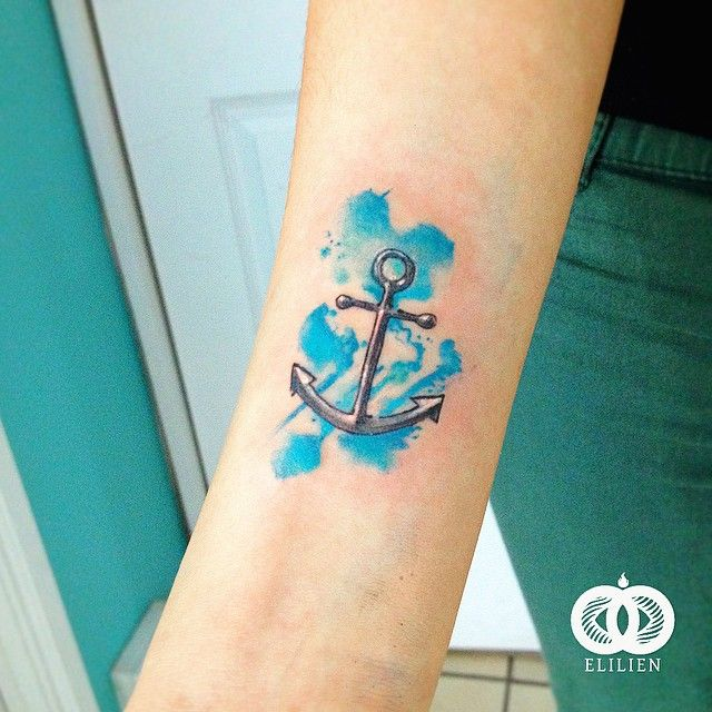 Pequeña ancla. #elilien #tattoo #watercolor #anchor