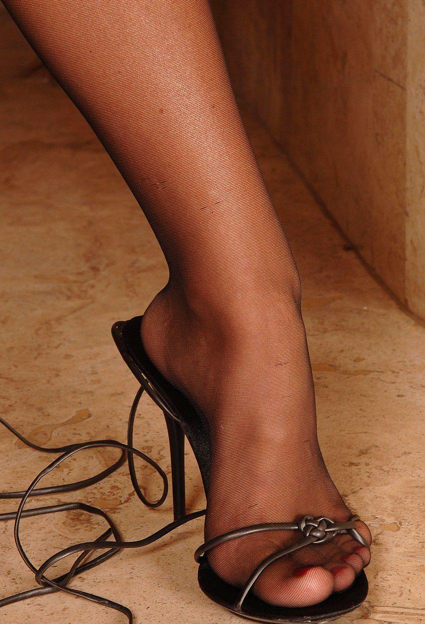 Tumblr feet nylon