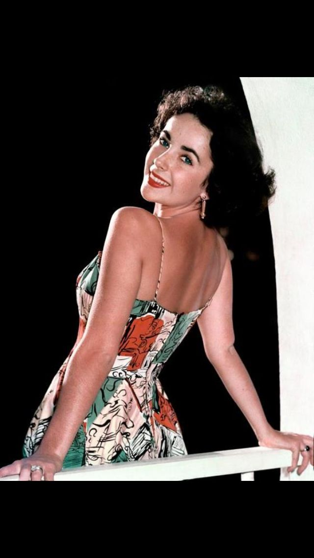 Liz Taylor in swimsuit