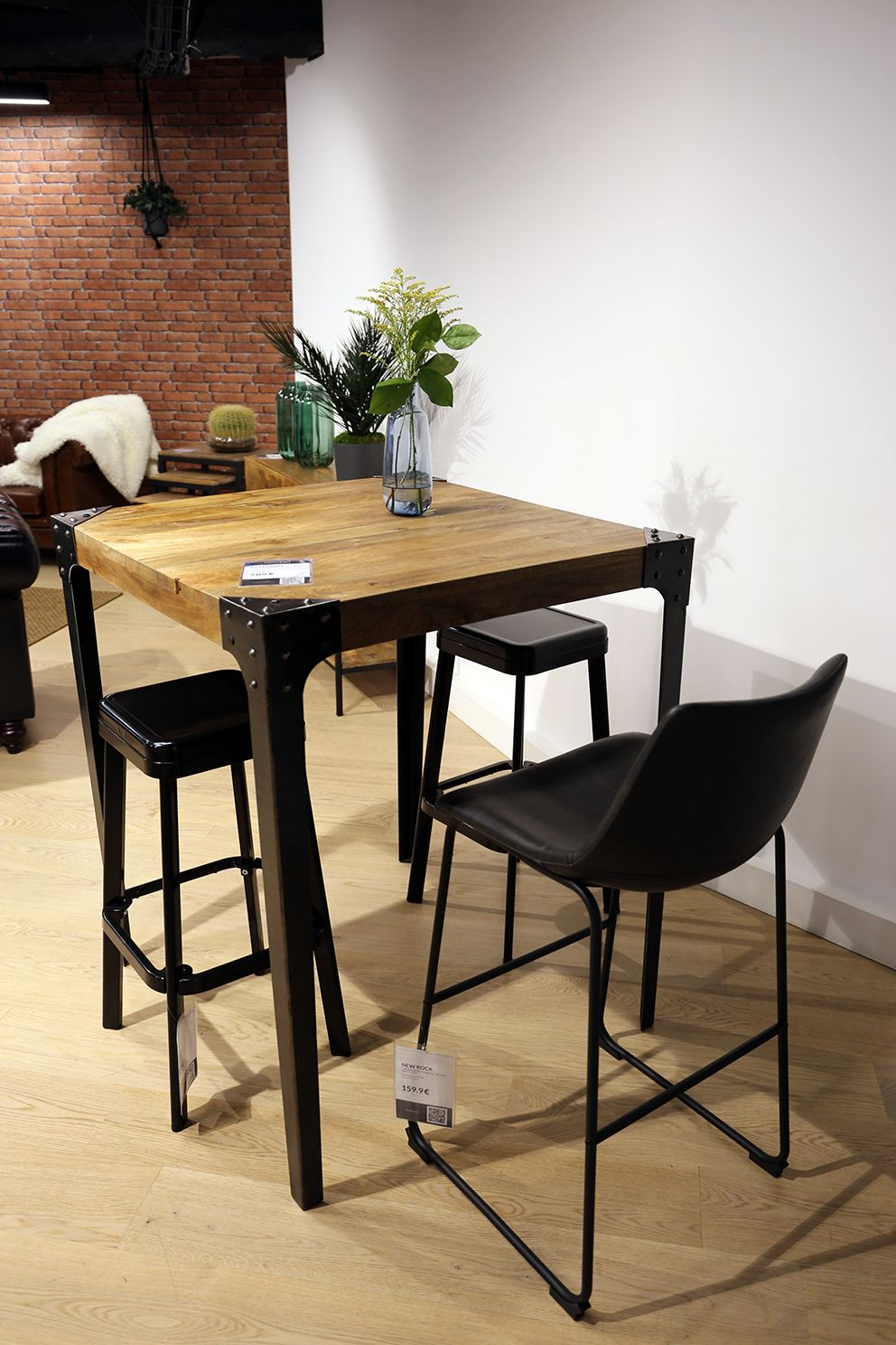 Table Haute Industrielle Carree En Bois Et Metal Madison Table