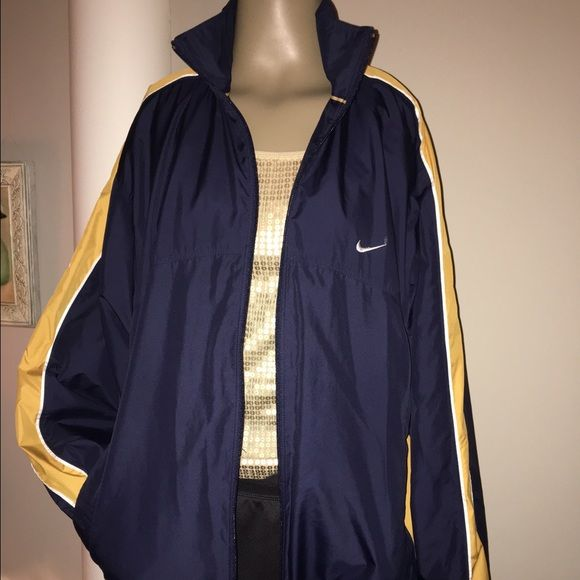5104bcb684 PRICE DROP  33 FREE TSHIRT NIKE MEN WINDBREAKER NIKE NAVY WITH GOLD N WHITE  STRIPES DEEP POCKETS LINING N ADJUSTABLE WAIST EXCELLENT CONDITION MEN SIZE  ...