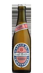 Gamle Carlsberg Lager er et produkt med en helt unik historie. Gamle Carlsberg Lager er den ældste øl i Carlsbergs sortiment. Så tidligt som i 1846 rullede de første fade over de toppede brosten i Brolæggerstræde og dermed er øllet faktisk ældre end Carlsberg.  Øllet er af typen bayersk lagerøl og fremstår kastanjebrunt med en cremet skumhat. Smagen er sødmefuld med et velbalanceret tørt finish og duften er rig på malt og sødlig karamel.  Gamle Carlsberg Lager er således ikke blot en…
