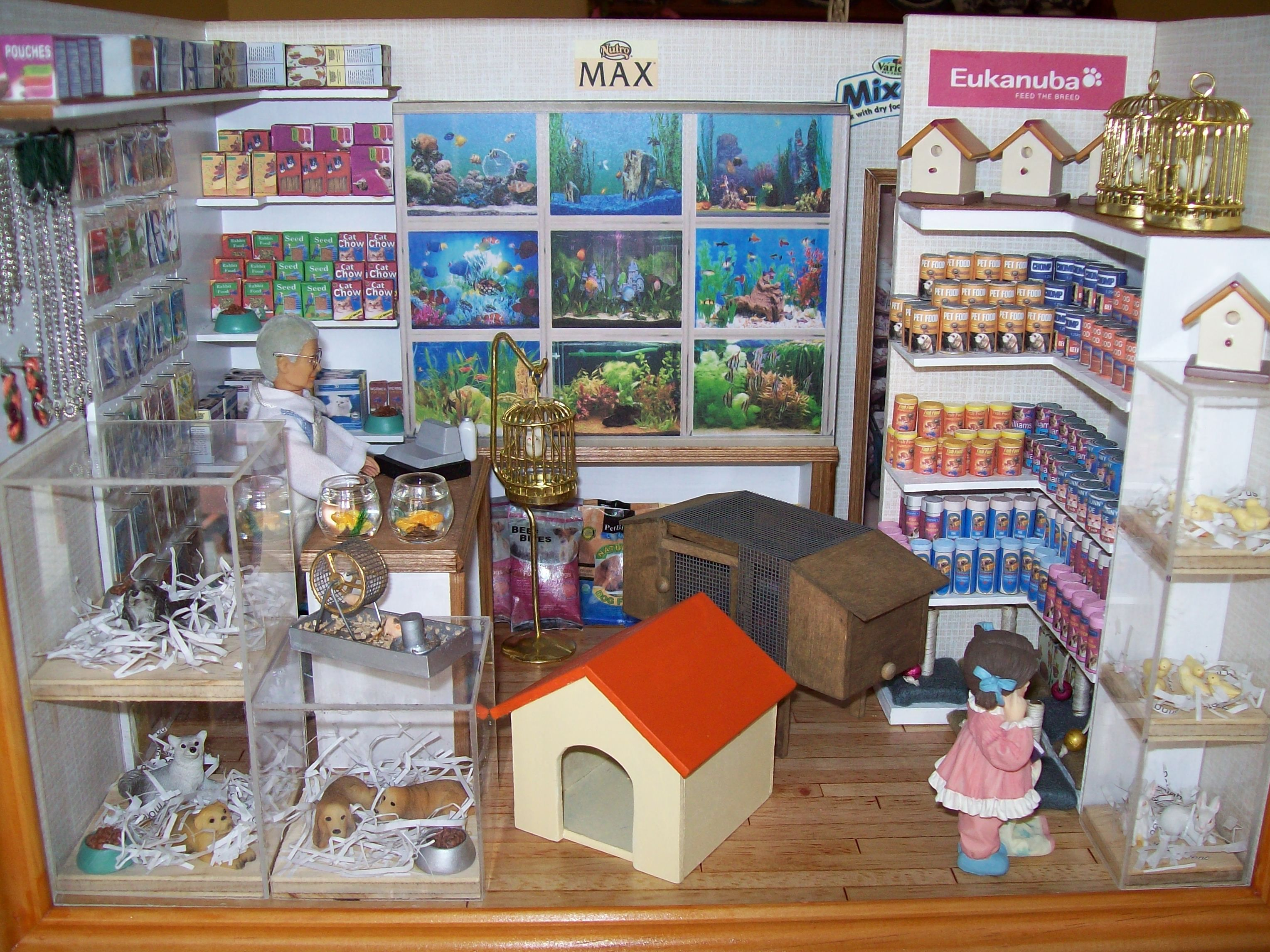 Tienda Muebles Usados Quotpet Shop Quot Collectible Roombox This Roombox Has A Special