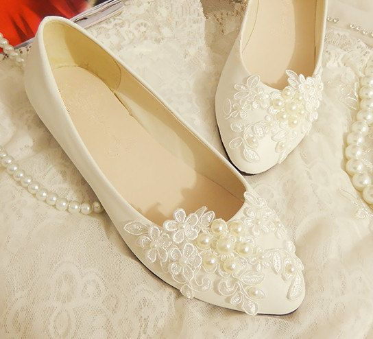 580946e6580 OTHER 2014 White Lace And Pearls Handmade Flat Leather Waterproof Women s  Exclusive Bridesmaid Bridal Wedding Shoes