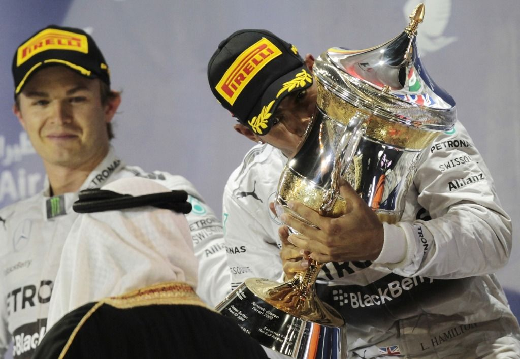 [F1] '메르세데스, 챔피언 티셔츠 준비 안한다.'