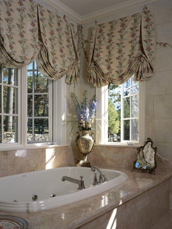 Grand Westchester County Estate bathtub