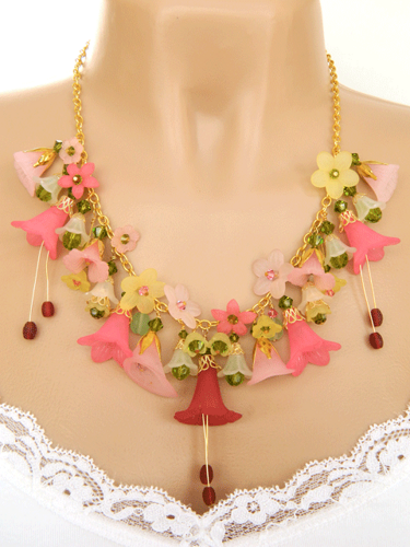 Pink Lucite Flower Statement Necklace Doublesjewelry Jewelry