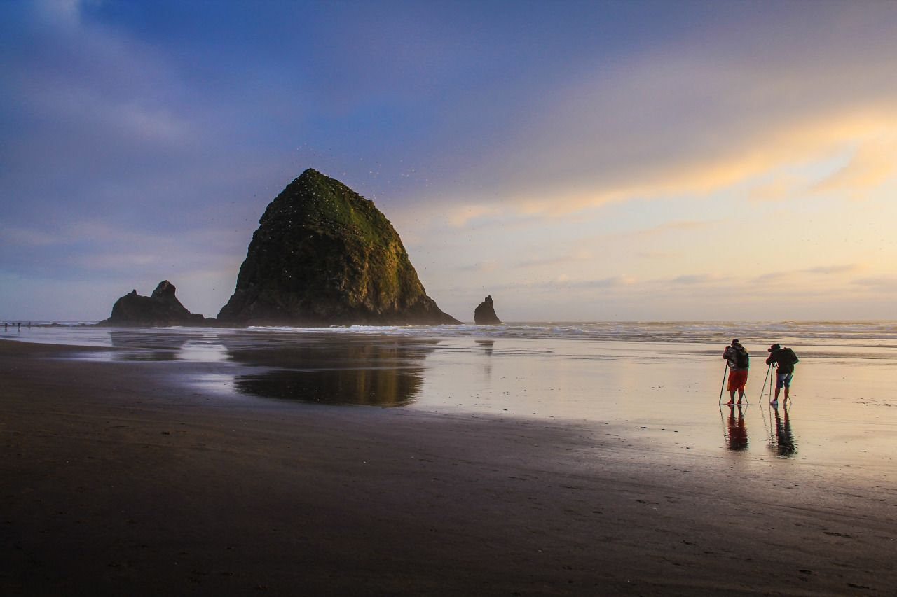 czechthecount:  Cannon Beach by czechthecount: instagram | facebook | 500px | society6