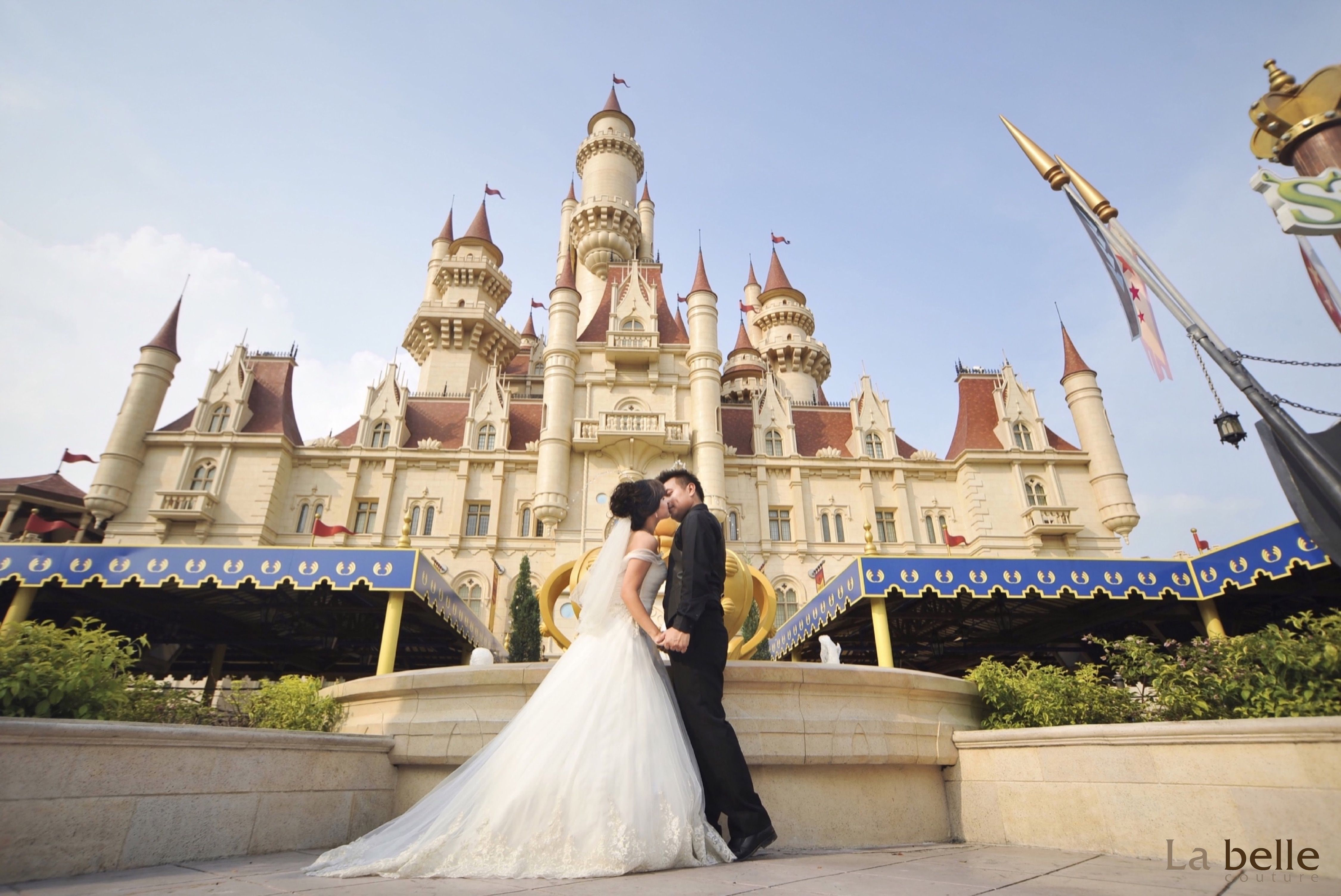 Whoever Said Singapore Does Not Have A Beautiful Castle For Fairytale Wedding Photoshoot It Universal Studios