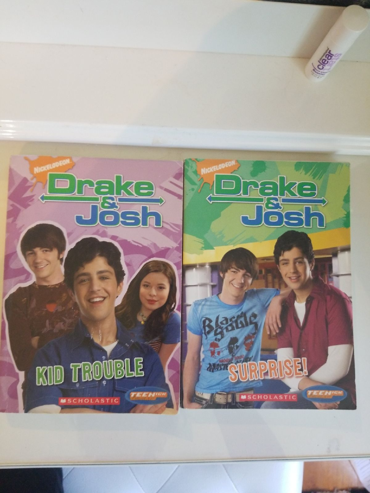 2 books from the hit series drake josh drake and josh