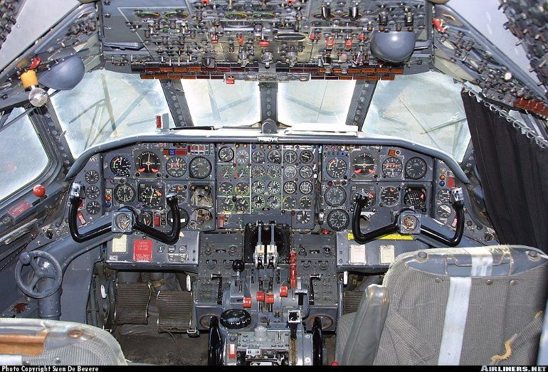 main photo Airline interiors, Cockpit, Commercial aviation